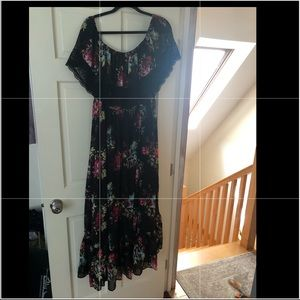 Torrid black and floral dress with lace size 3